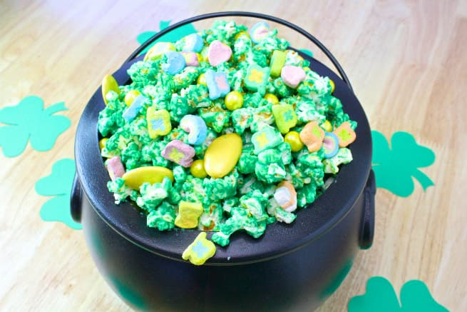 Saint-Patricks-Day-Leprechaun- Popcorn-1