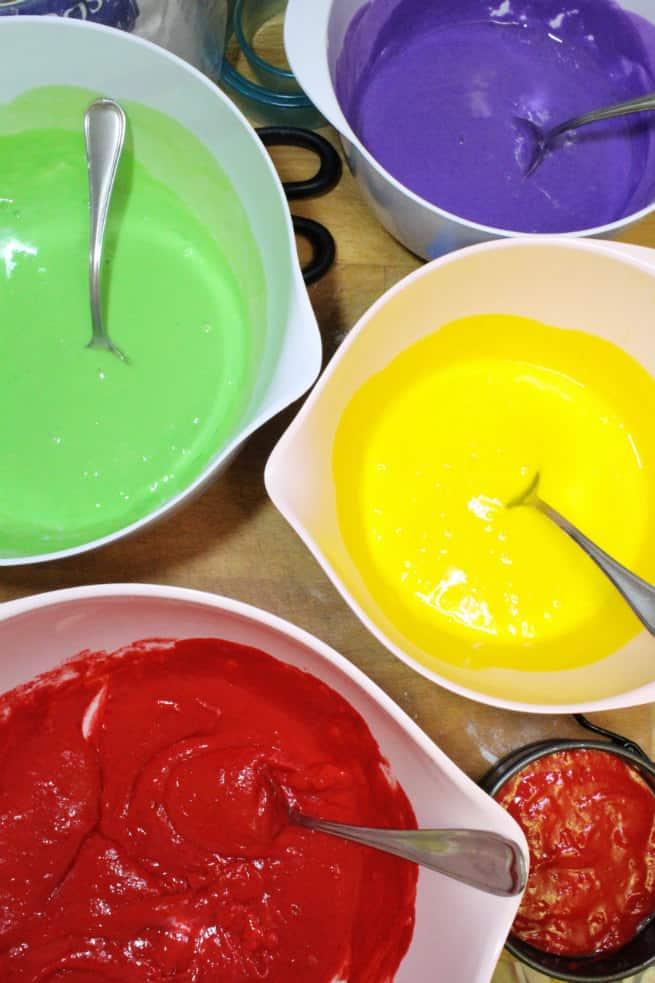 Saint-Patrics-Day-Rainbow-Cake-1