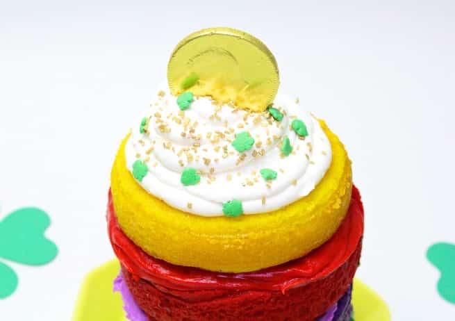 Saint-Patrics-Day-Rainbow-Cake-Gold-Coin