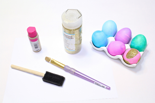 diy-gold-glitter-brush-strokes-Easter-Eggs-supplies
