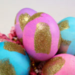 DIY Gold Glitter Brush Stroke Easter Eggs!