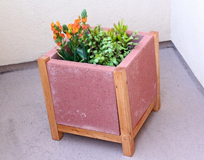 DIY-Final-Paver-Planter