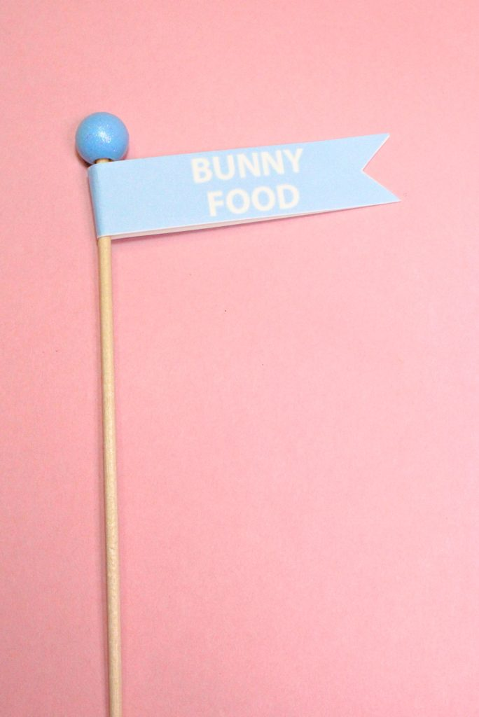 DIY-Mini-Easter Basket-Popcorn-Bunny-Food-Flags-Step-2