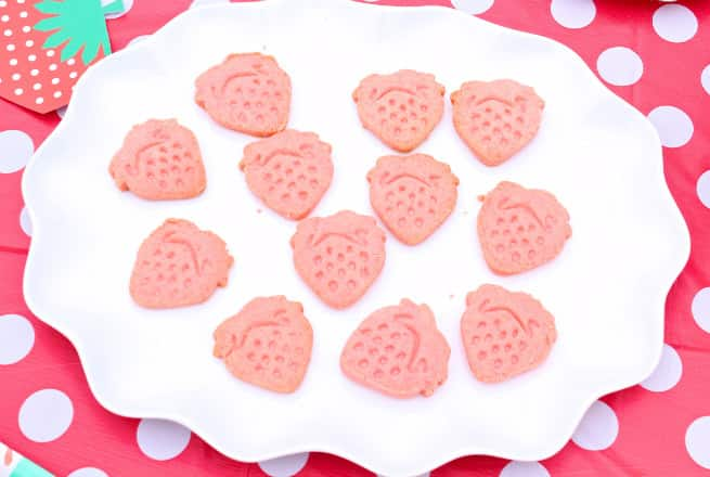 strawberry-cookies
