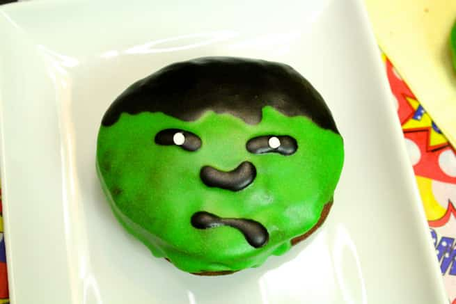 Hulk-Doughnut-donut