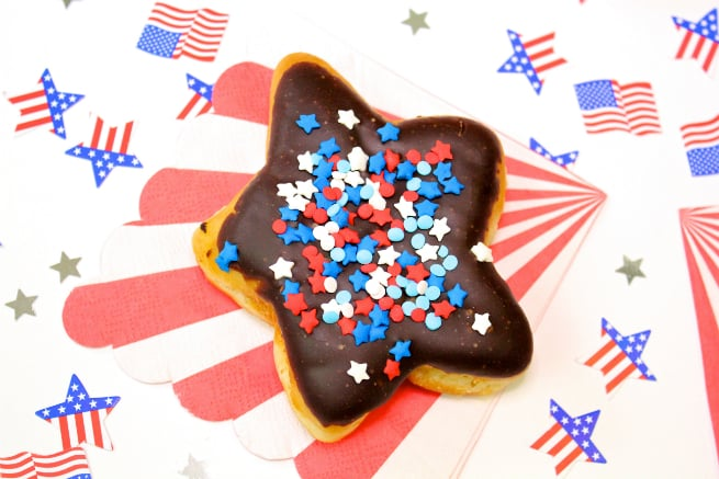 DIY-July-Fourth Star-Chocolate-Doughnut-donuts