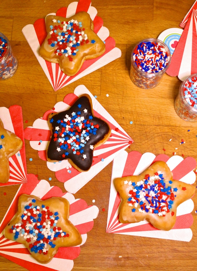 DIY-July-Fourth Star-Doughnuts-donuts-2