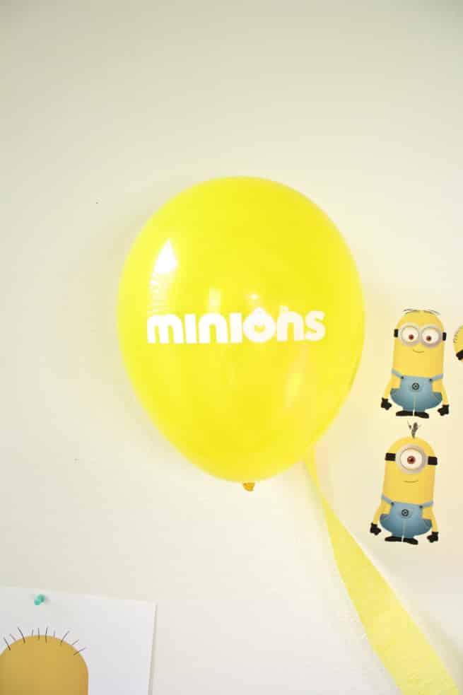 DIY-MINIONS-PARTY-Balloons