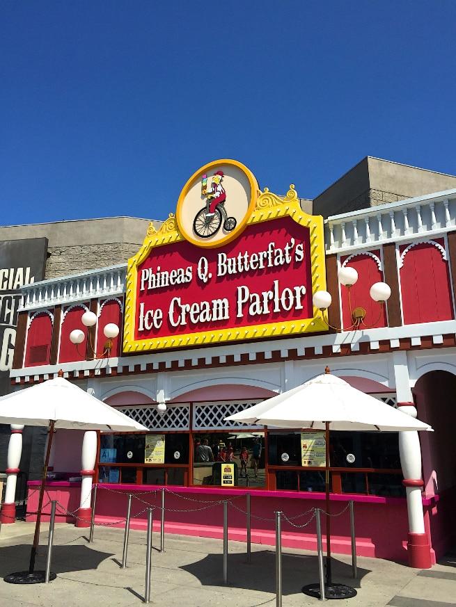 Ice-Cream-Parlor-Springfield