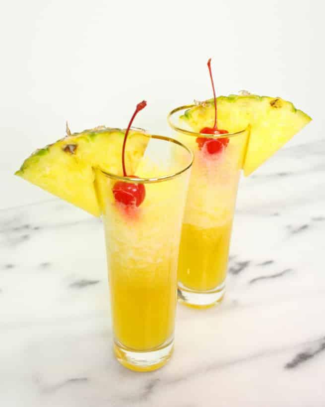 Yummy-Pineapple-Mimosa-Drink-Recipe