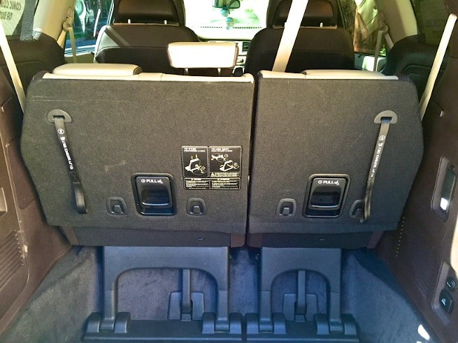2015-Kia-Sedona-SX-L-Trunk-Space
