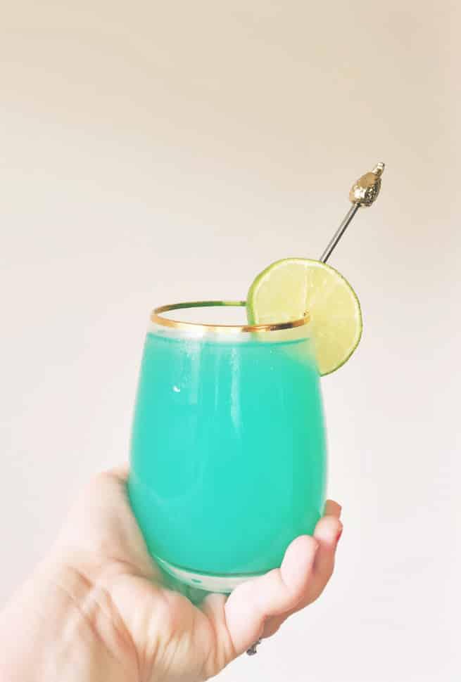 Bleu-Breeze-cup