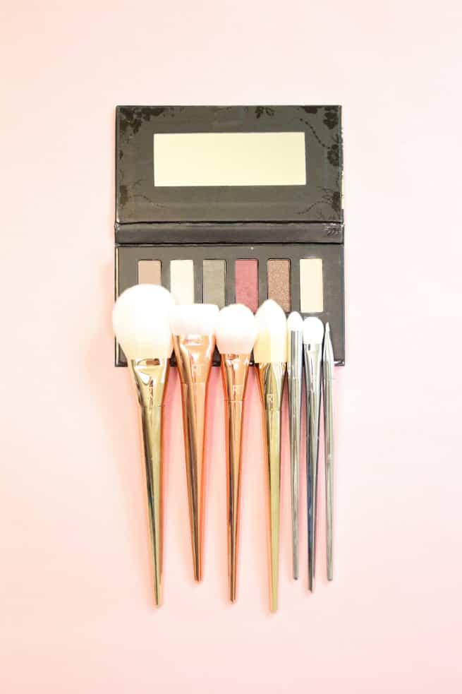Bold- Metals_Makeup-Brushes-4
