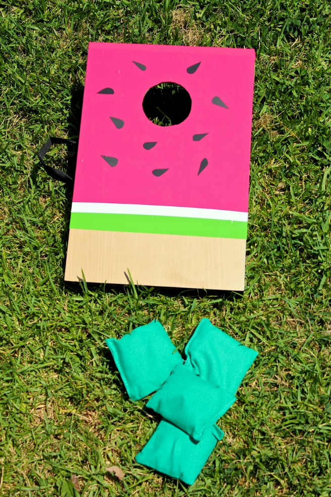 DIY-Watermelon-Cornhole-Board