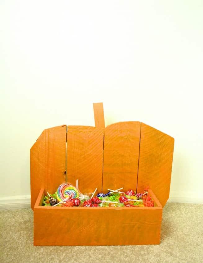 Home-Depot-Pumpkin-Rustic-Stand