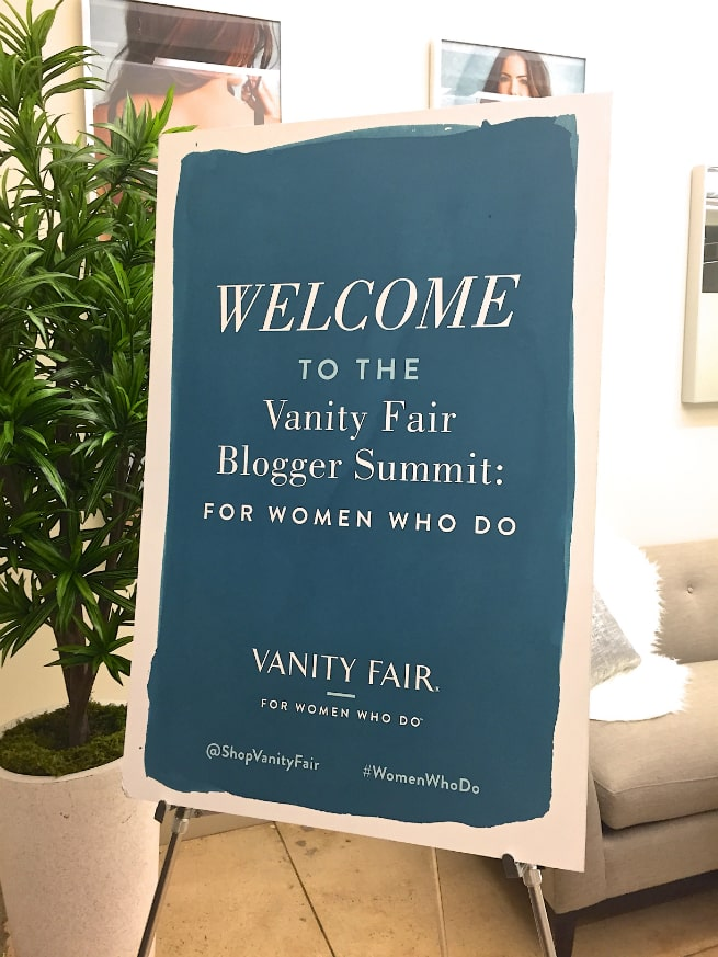 Vanity-Fair-Blogger-Summit-Sign