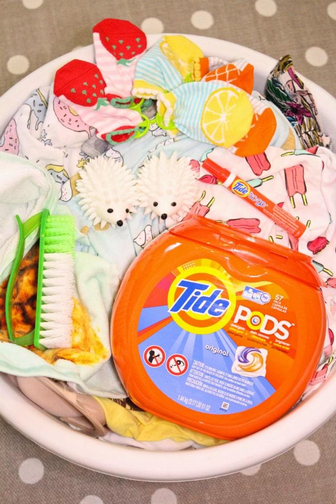 laundry-battle-tide-pods-1