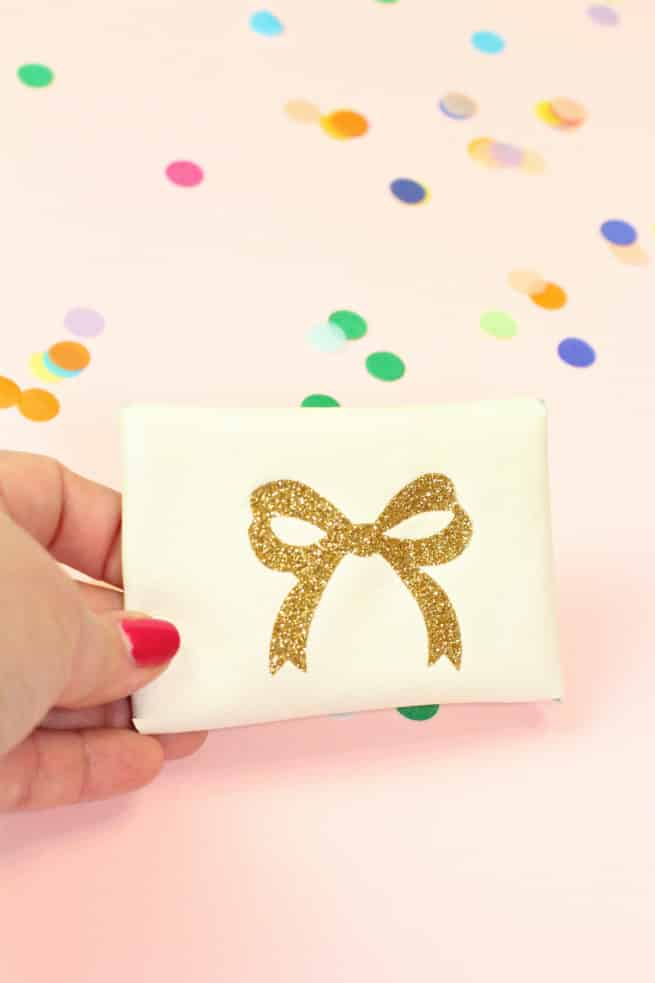 Diy gold glitter monogram business card holders brite and bubbly diy gold glitter bow business card holder reheart Image collections