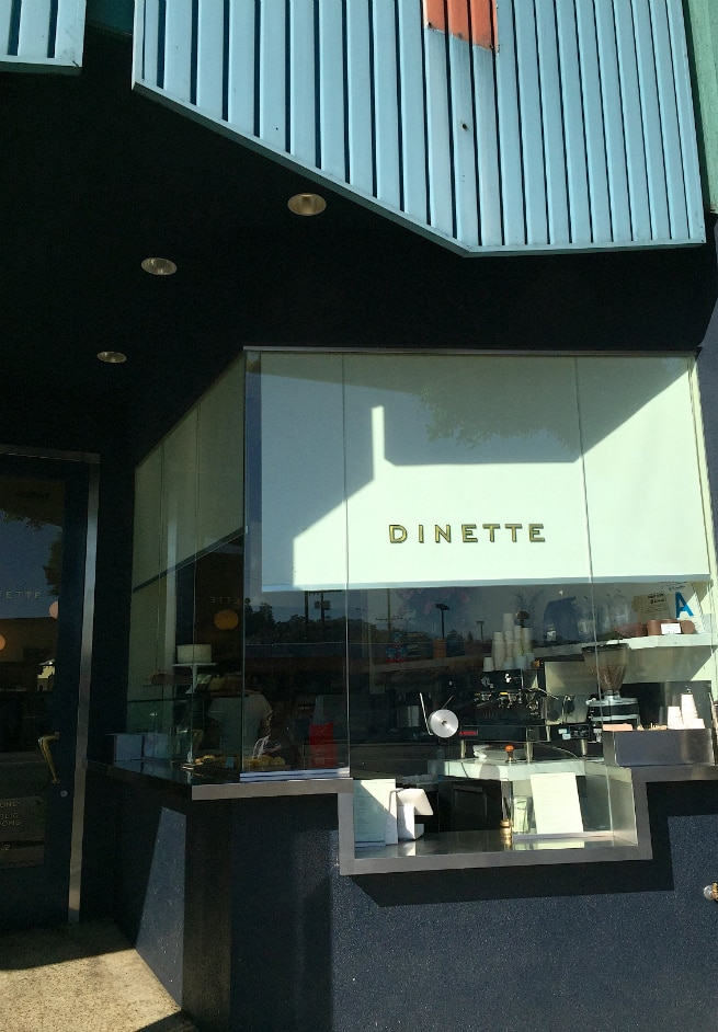 Dinette-Exterior