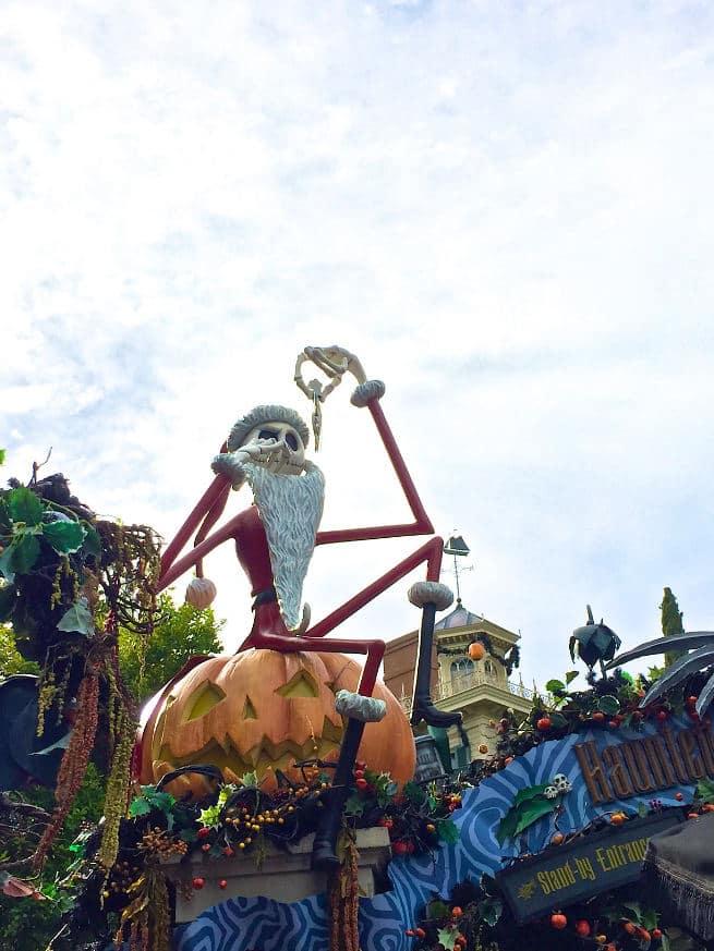 Disneyland-Diamond-Celebration-Halloween-Haunted-Mansion-Holiday-1