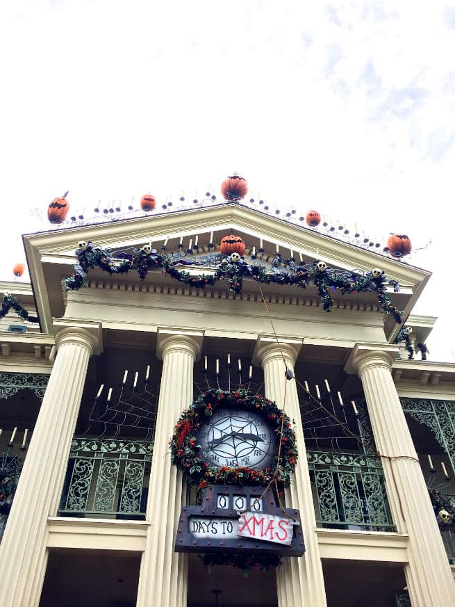Halloween-Haunted-Mansion-Holiday-3