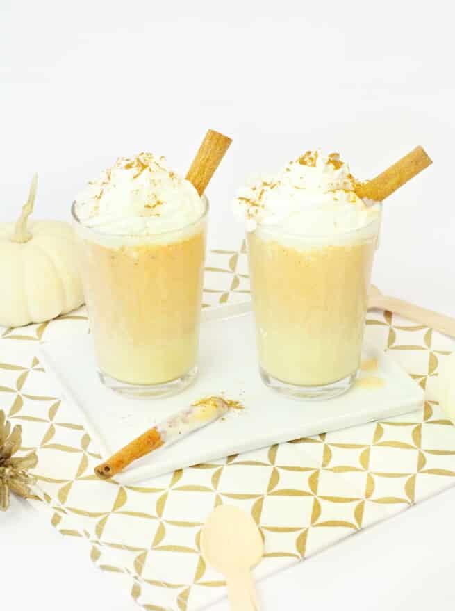 Mini-Pumpkin-Pie-Milkshake-4