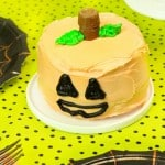 Candy Surprise Mini Halloween Pumpkin Cakes!