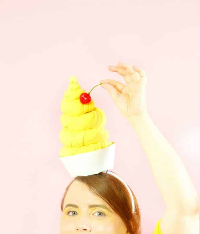 DIY-Dole-Whip-Ladies-CostumeDIY-Dole-Whip-Ladies-Costume-Headpiece-Cherry