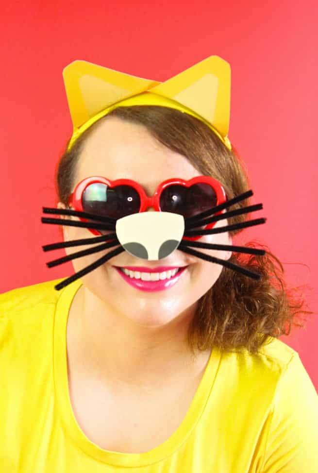 DIY-Emoji-Cat-Face-Costume-1