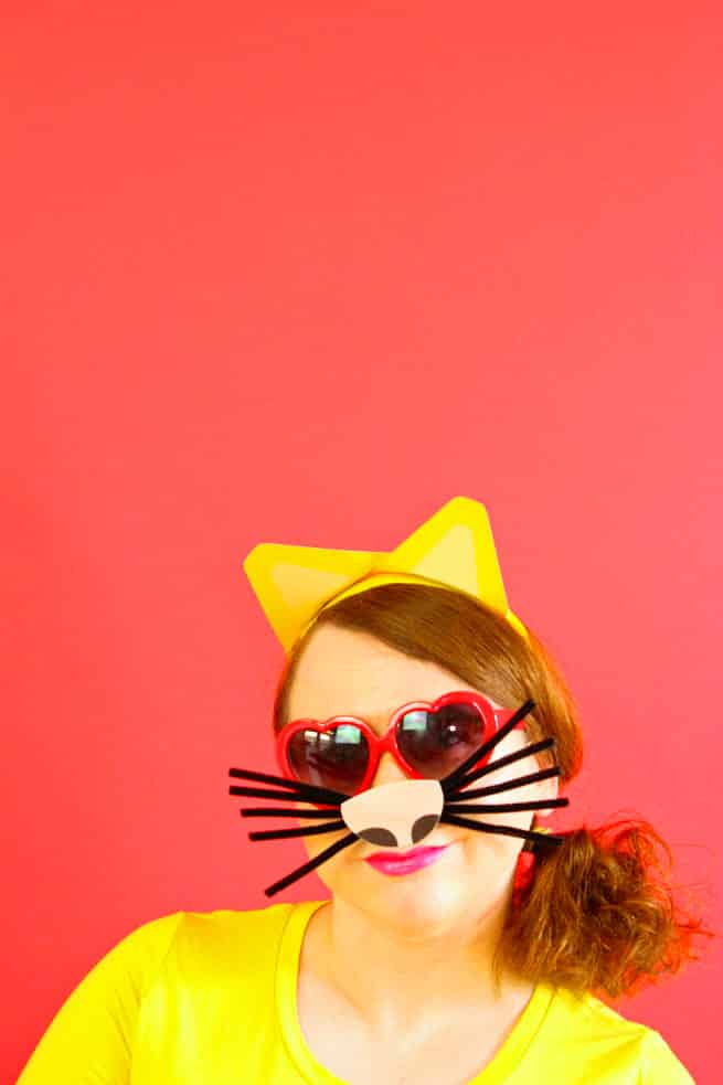 DIY-Emoji-Cat-Face-Costume-2