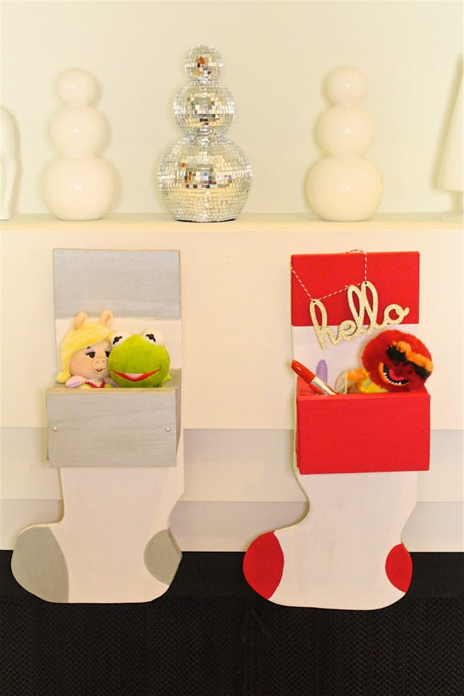 Easy Holiday-DIY Wooden Stocking Hanger