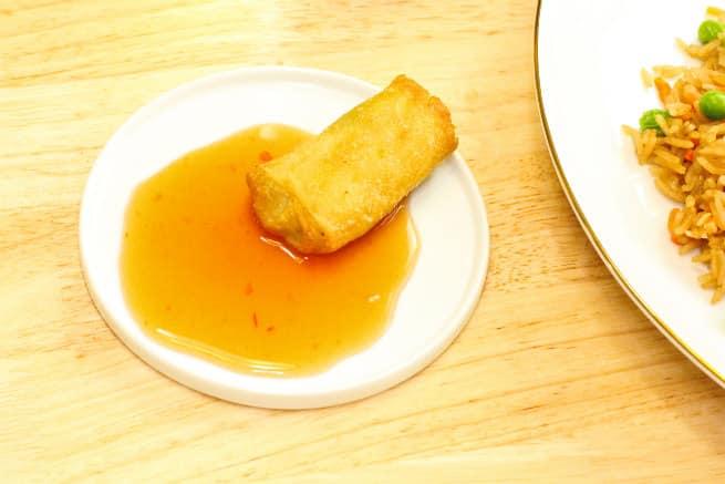 PF-Chang-Home-Menu-Vegetable-Egg-Rolls-Sauce