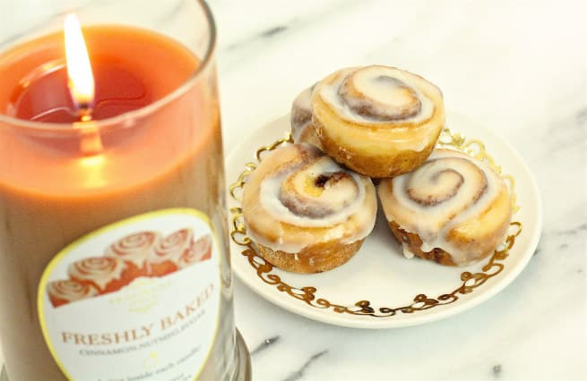 fragrant-jewels-freshly-baked-cinnamon-buns