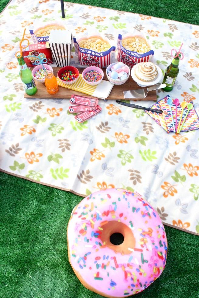 DIY-Backyard-Movie-Night-Party