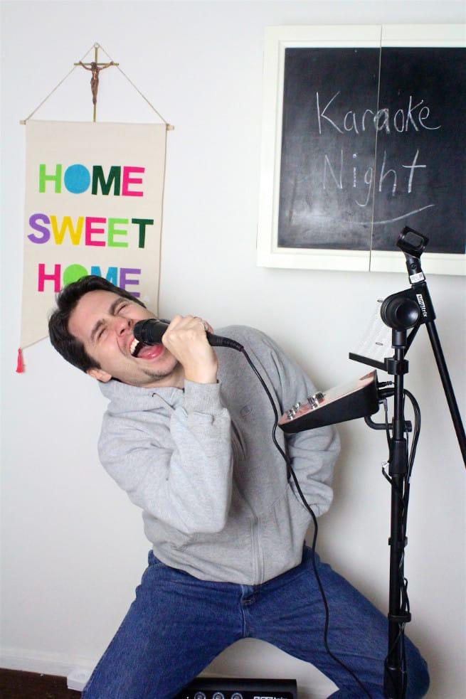 Jesse Sings Karaoke