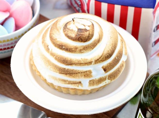 Lemon-Merengue pie