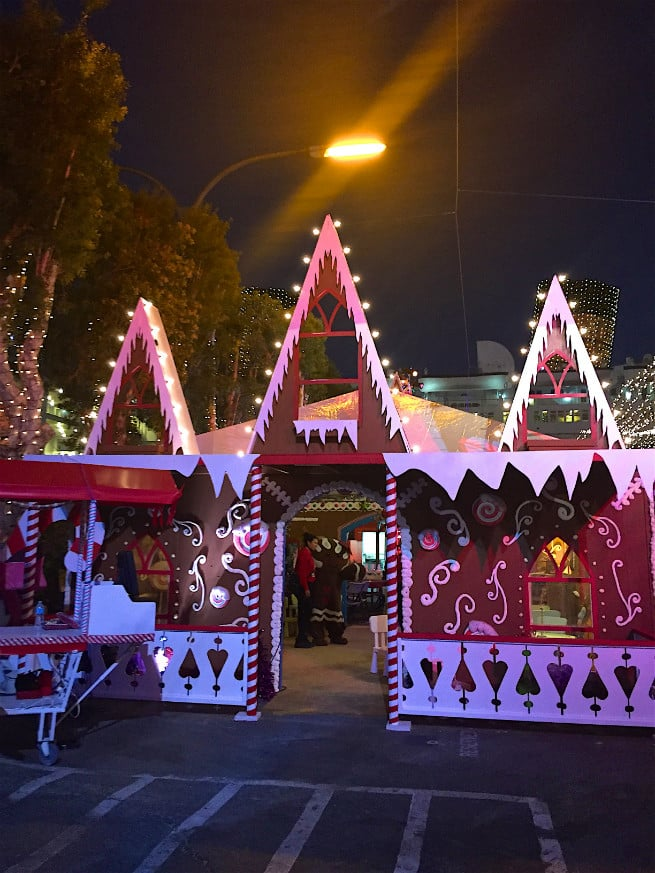 the queen mary chill 2015 gingerbread house