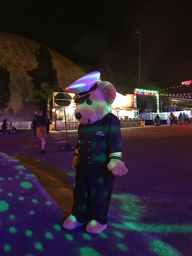 the queen mary chill 2015 sailor bear