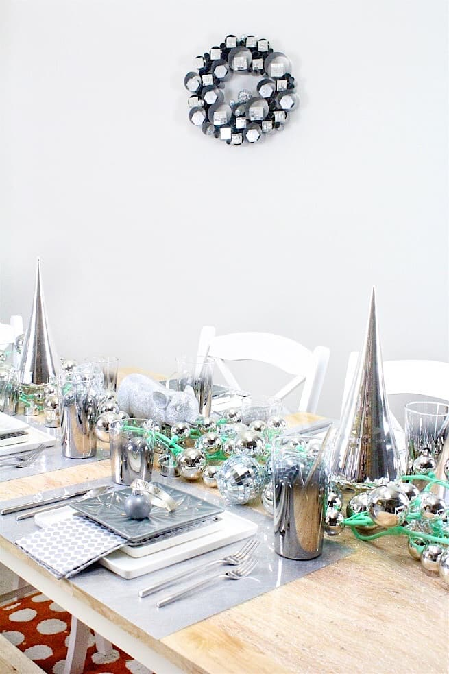 CB2-HOLIDAY-NEWYEARS-TABLESCAPE
