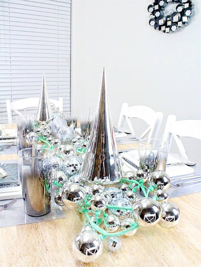 DIY-CB2-HOLIDAY-NEWYEARS-TABLESCAPE