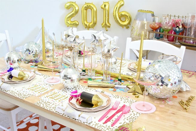 DIY New Years Tablescape