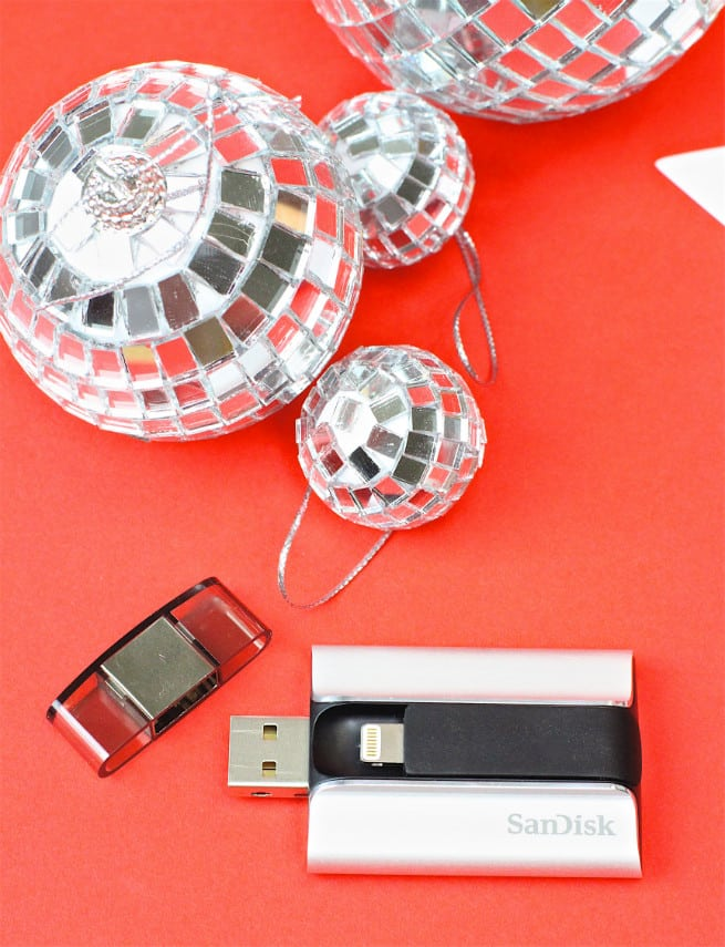 SanDisk-iXpand-Holiday-3