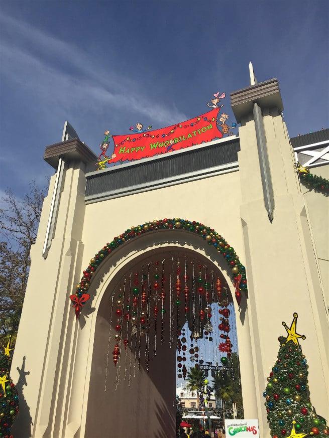 Universal-Studios-Hollywood-Holidays-2015-Whovilation