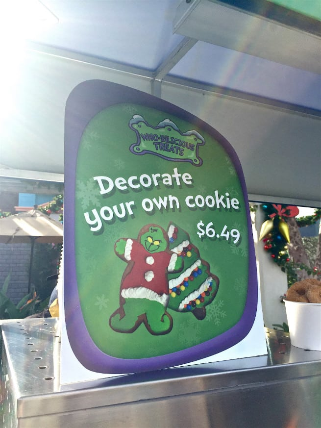 Universal-Studios-Hollywood-Holidays-Grinchmas-2015-Cookies-1