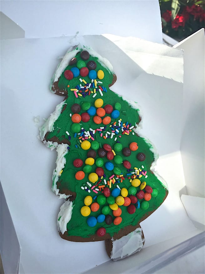 Universal-Studios-Hollywood-Holidays-Grinchmas-2015-Cookies-2