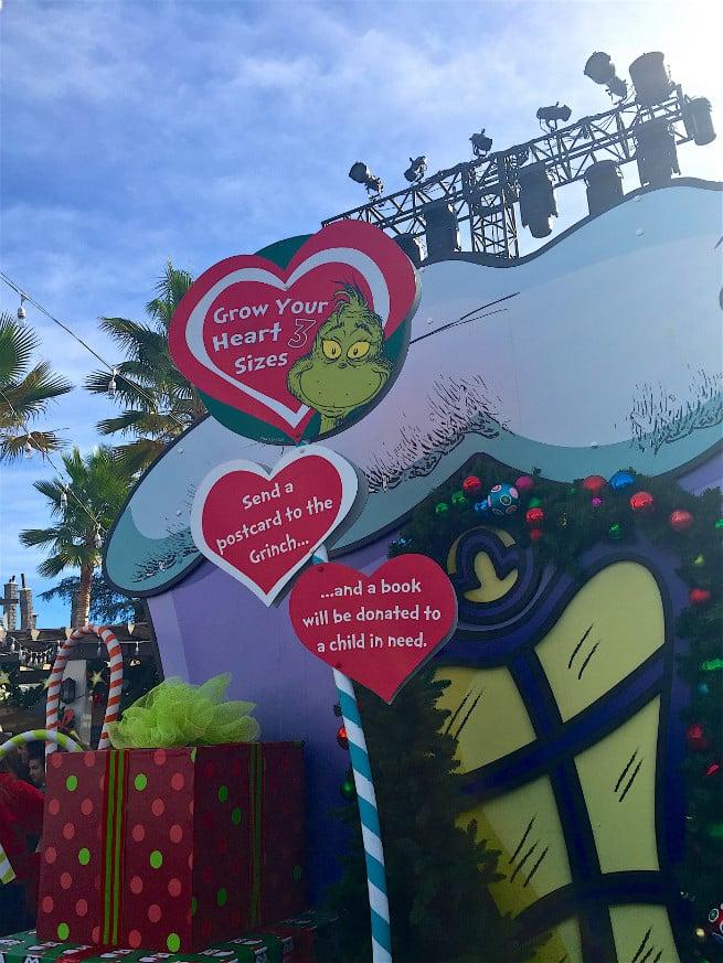 Universal-Studios-Hollywood-Holidays-Grinchmas-2015-grinch-2