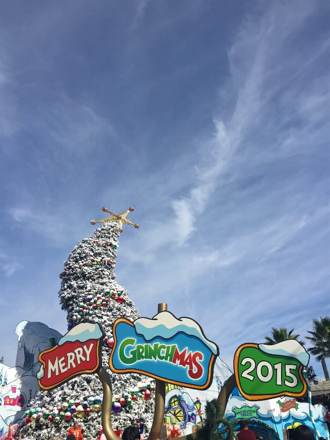 Universal-Studios-Hollywood-Holidays-Grinchmas-2015-whooville