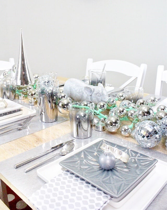 diy-CB2-HOLIDAY-NEW-YEARS-TABLESCAPE