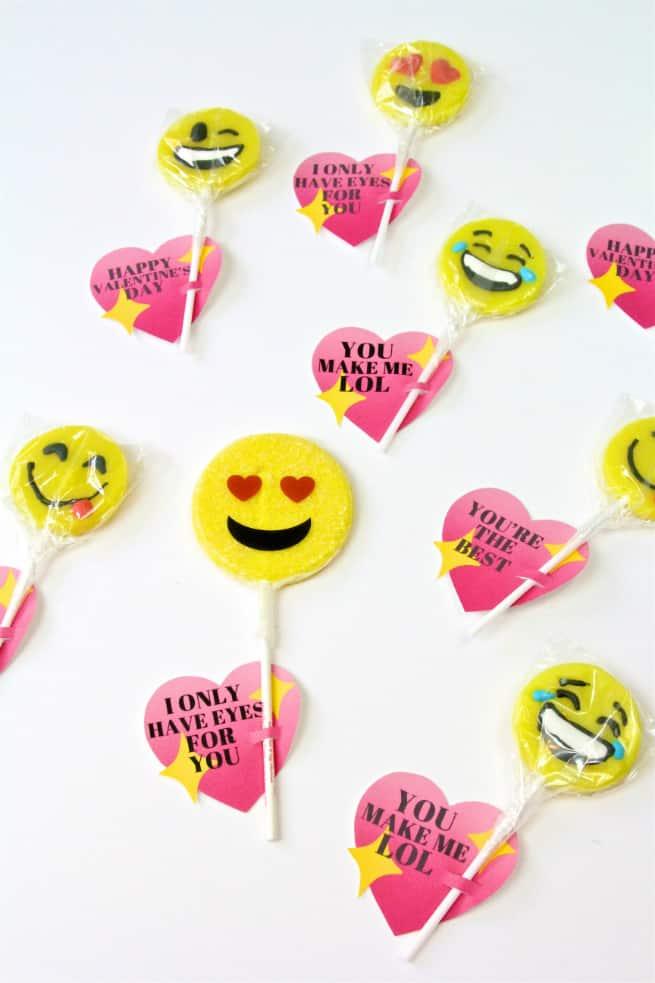 Cute DIY Emoji Lollipop Heart Valentines