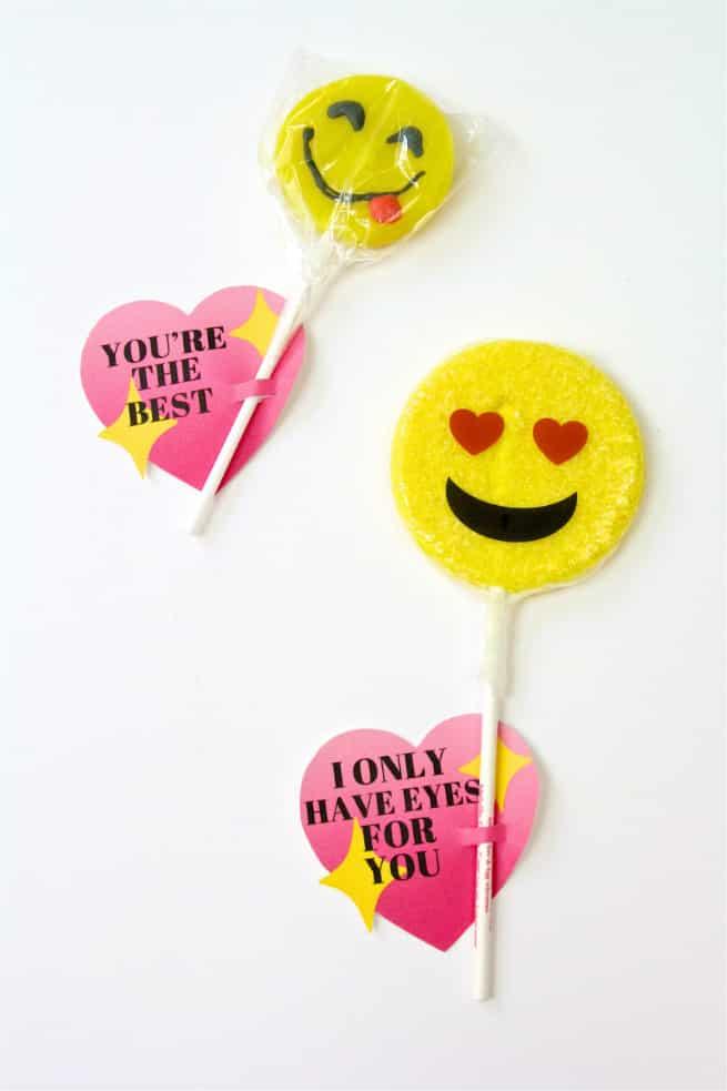 DIY Emoji Lollipop Heart Valentine Step 2